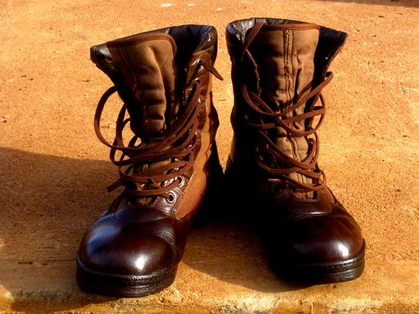 qualities of comfortable work boot