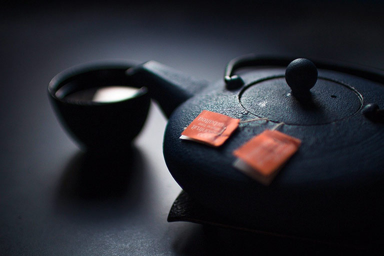 how many tea bags do you put in a teapot